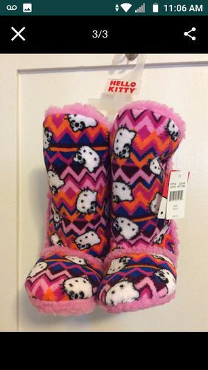 HELLO KITTY SLIPPERS for Sale in Santa Ana, CA