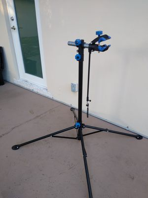 Bicycle mechanic stand portable bike tool nice for Sale in Pompano Beach, FL