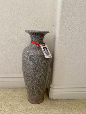 Big flower vase for Sale in Alameda, CA
