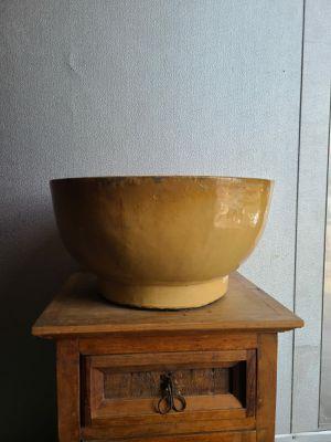 Ceramic Pot used for Sale in Miami, FL