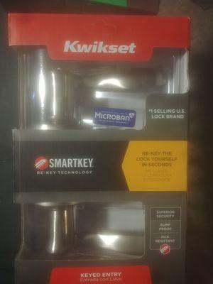 2 Kwikset Door handles(1 indoor and 1 keyed) for Sale in Tacoma, WA
