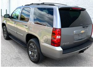 Excellent. Chevrolet Tahoe 2007 LTZ SUV Great Wheels for Sale in Dallas, TX