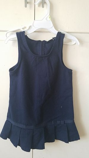 3t uniform dresses (4) and 1 skirt for Sale in Lynwood, CA