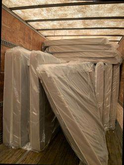 Overstock mattress sale! HFZ 6 for Sale in Ontario,  CA