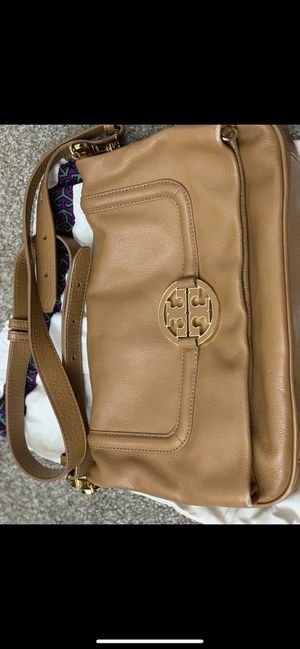 Tory Burch handbag for Sale in Shelby Charter Township, MI