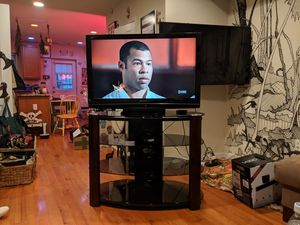 42 inch Panasonic 1080p LCD TV with Stand for Sale in Washington, DC