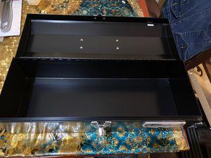 Box for Sale in Lincoln, NE