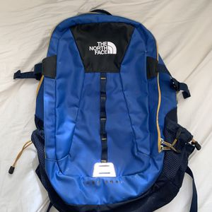 The North Face backpack, Hot Shot for Sale in Kansas City, MO