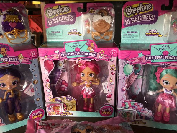 Shopkins lil secrets you get all in the picture plus candy 🍭