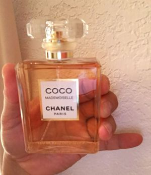 Coco Chanel mademoiselle perfume 3.4oz for Sale in Palmdale, CA