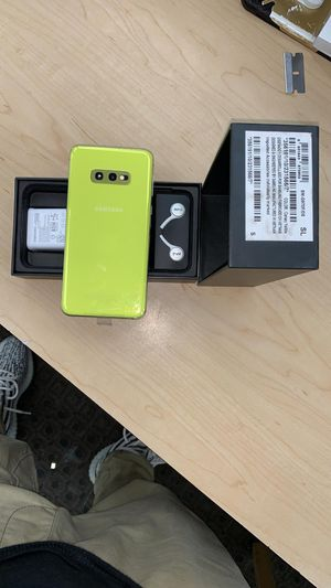 """Samsung Galaxy S10e 128GB FACTORY UNLOCKED"""" New with warranty for Sale in Silver Spring, MD"""