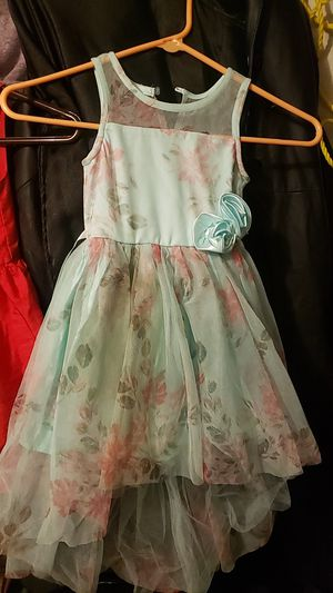 Size 4 t girls dresses for Sale in Spring Hill, FL