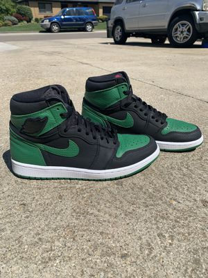 Air Jordan 1 Pine Green for Sale in Cincinnati, OH