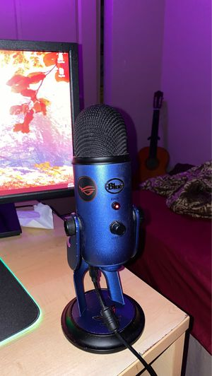 Blue Yeti - Midnight Blue for Sale in Bothell, WA