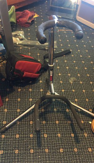 Guitar stand for Sale in Oxnard, CA