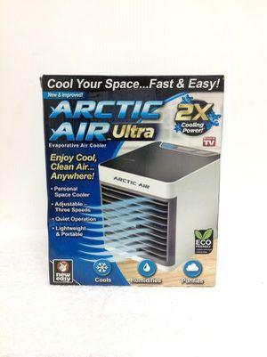 Arctic Air Ultra Mini Personal Space Cooler Humidifier Ventilador Pequeño Enfriador for Sale in Hialeah, FL