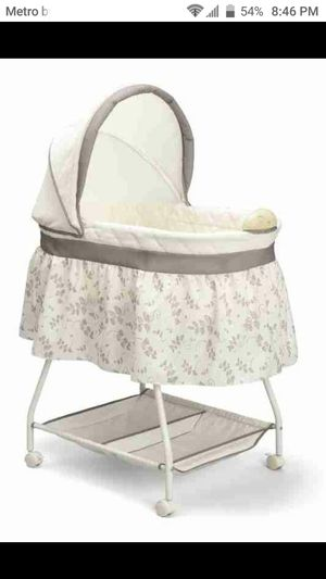 Bassinet for Sale in Neenah, WI