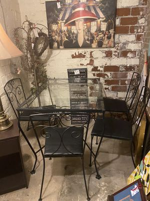 Glass top kitchen table and 4 chairs for Sale in Bridgeville, PA