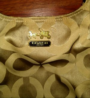 Coach Designer bag. Like new Condition for Sale in St. Louis, MO