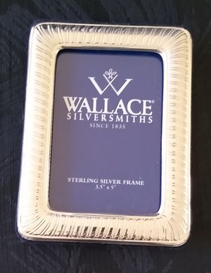 Wallace Silversmiths Sterling Silver Picture Photo Frame. for Sale in ROCKAWAY BEAC, NY