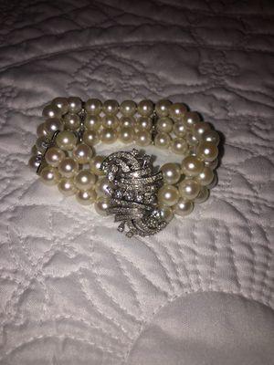 Pearl bracelet with diamonds for Sale in Tyler, TX