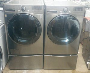 LG Tromm Duet Washer & Dryer Set With Drawers for Sale in Miami, FL