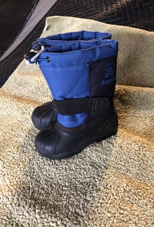 Kamik kids snow boots size 9 for Sale in Corona, CA