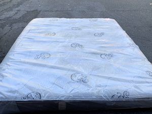 King size medium memory form with gal mattress serious buyer only please price is fix pick up from Renton for Sale in Renton, WA