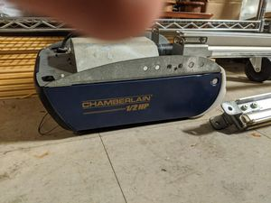 CHAMBERLAIN 1/2 HP GARAGE DOOR OPENER - WITH REMOTES AND KEYPADS for Sale in El Cajon, CA