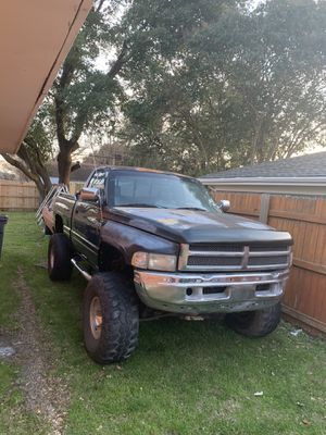 97 Dodge Ram 4x4 for Sale in Fort Worth, TX