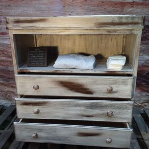 Rustic Changing Table for Sale in Wichita, KS