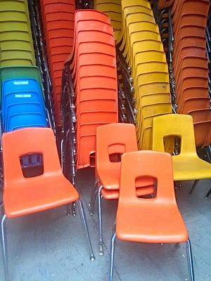 Virco Student Chairs Orange for Sale in Glendale, AZ