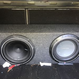 Subwoofers And Amplifier for Sale in Magnolia, TX