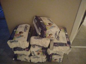 Pampers size s-m 15 per pack for Sale in Austin, TX