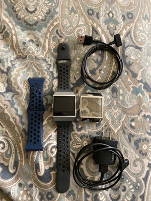 Fitbit Ionic in excellent condition for Sale in Lynnwood, WA