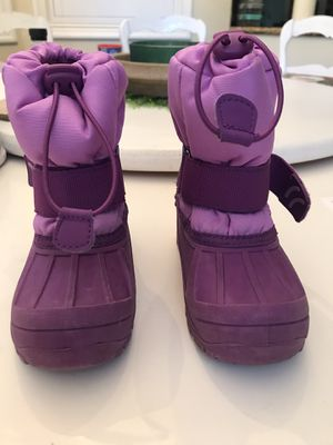 Girls snow boots for Sale in Burlingame, CA