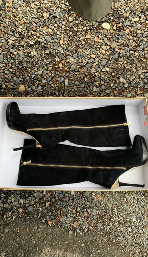 Michael Kors Knee High Boots for Sale in Bothell, WA