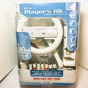 10-1 Compatible Nintendo Wii Players Kit for Sale in Pawtucket, RI