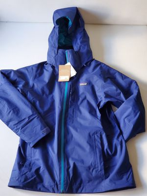 Patagonia Women's snowbelle 3-in-1 jacket large for Sale in Seattle, WA