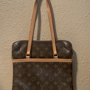 AUTHENTIC LOUIS VUITTON SAC COUSSIN MONOGRAM GM BIG SIZE PURSE SHOULDER HAND BAG TOTE $599 OR BEST OFFER NO TRADES for Sale in Fountain Valley, CA