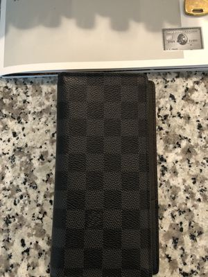 Louis Vuitton men's wallet large for Sale in Miami, FL