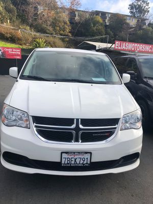 2013 Dodge Grand Caravan Passenger SXT Minivan 4D for Sale in Hayward, CA