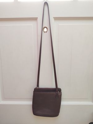 Stone mountain dark brown leather crossbody purse for Sale in Clearwater, FL
