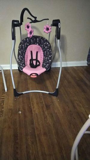 Graco infant swing for Sale in Hampton, VA