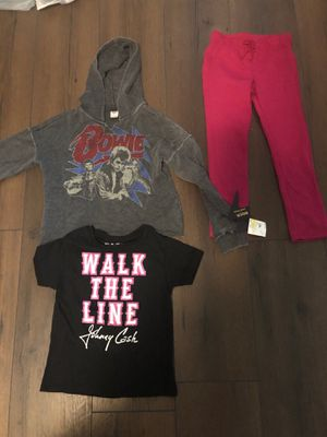 Girls clothes size 5T for Sale in Duluth, GA