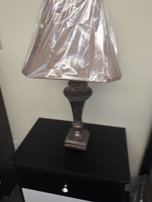 Elegant lamp for Sale in Beverly Hills, CA