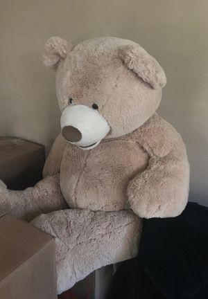 Large teddy bear for Sale in Las Vegas, NV