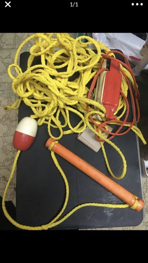 WATER SKI ROPE & HANDLE for Sale in Stratford, CT
