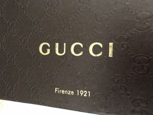 Gucci leather wallet for Sale in Tracy, CA