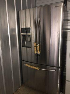 Samsung 3 doors Ice Maker on door and on bottom freezer. for Sale in Hendersonville, TN